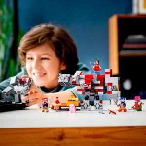 LEGO Minecraft The Redstone Battle 21163 Minecraft Brick